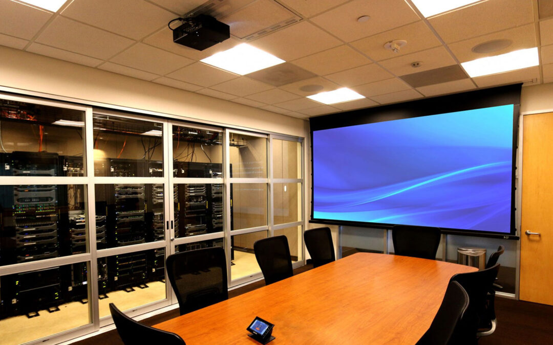 Choosing The Right Projector Screen